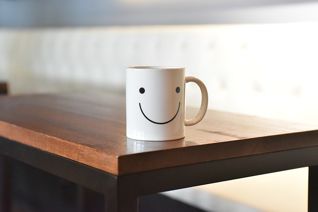 Free photo: Smile, Cup, Coffee, Tables, Cute - Free Image on Pixabay - 2001662 (18287)